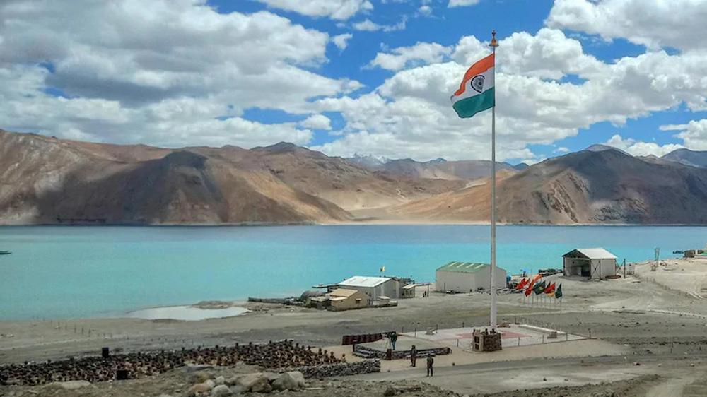 Hai ngày sau khi mời gọi Ấn Độ hòa dịu, Quân giải phóng Trung Quốc bất ngờ động thủ giữa đêm - Ảnh 1.