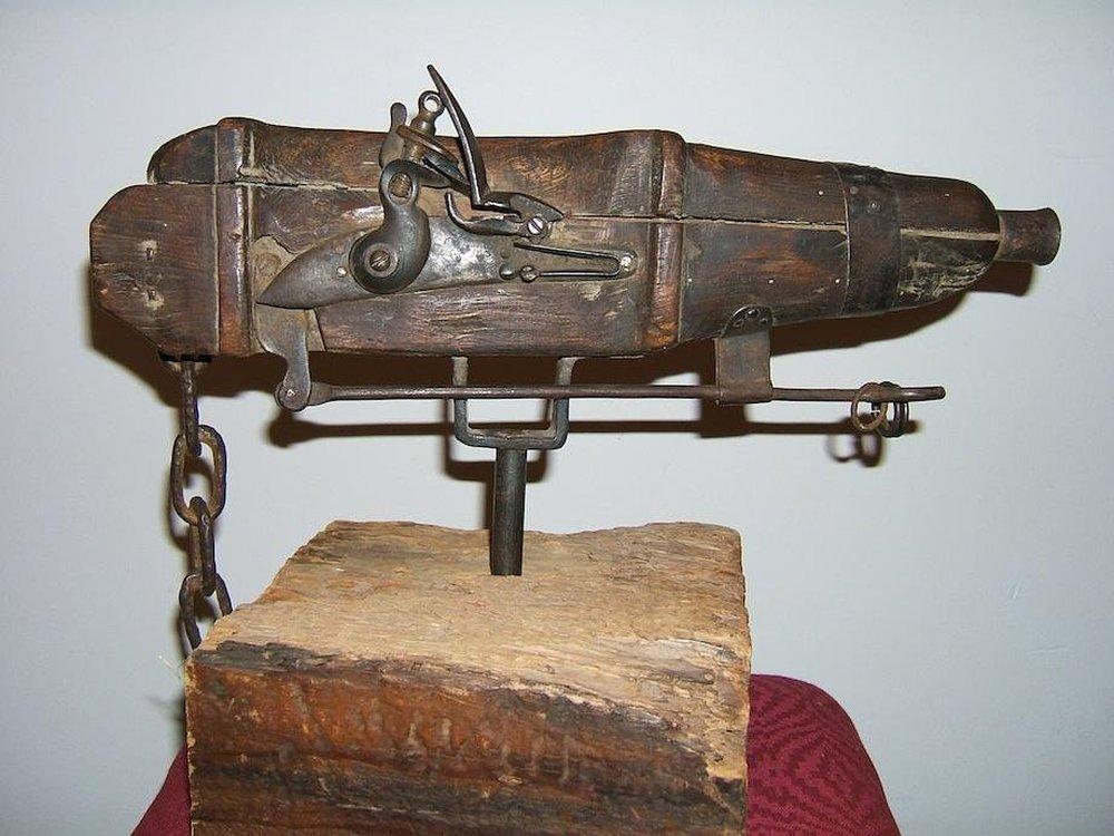 Những khẩu súng phá vỡ mọi tiêu chuẩn trên thế giới - Ảnh 5.