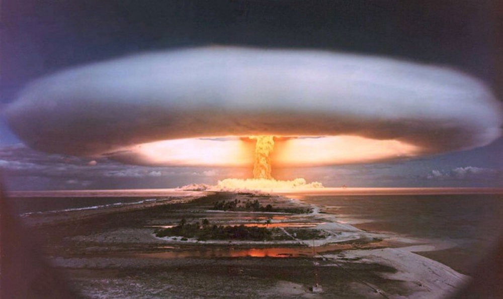 Chuyên gia vũ khí hạt nhân giải thích tại sao vụ nổ ở Lebanon không phải bom nguyên tử - Ảnh 2.