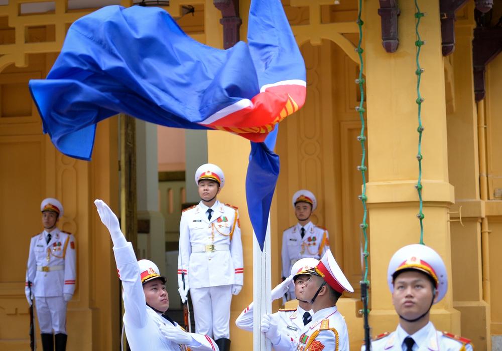 Phó Thủ tướng Phạm Bình Minh: ASEAN đã tiến một bước dài, từ chia rẽ đến hòa thuận - Ảnh 11.
