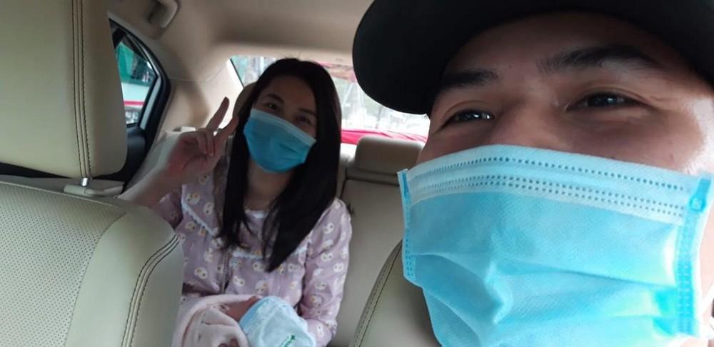Đà Nẵng: Đội xe đặc biệt chuyên chở bà bầu giữa tâm dịch Covid-19  - Ảnh 1.