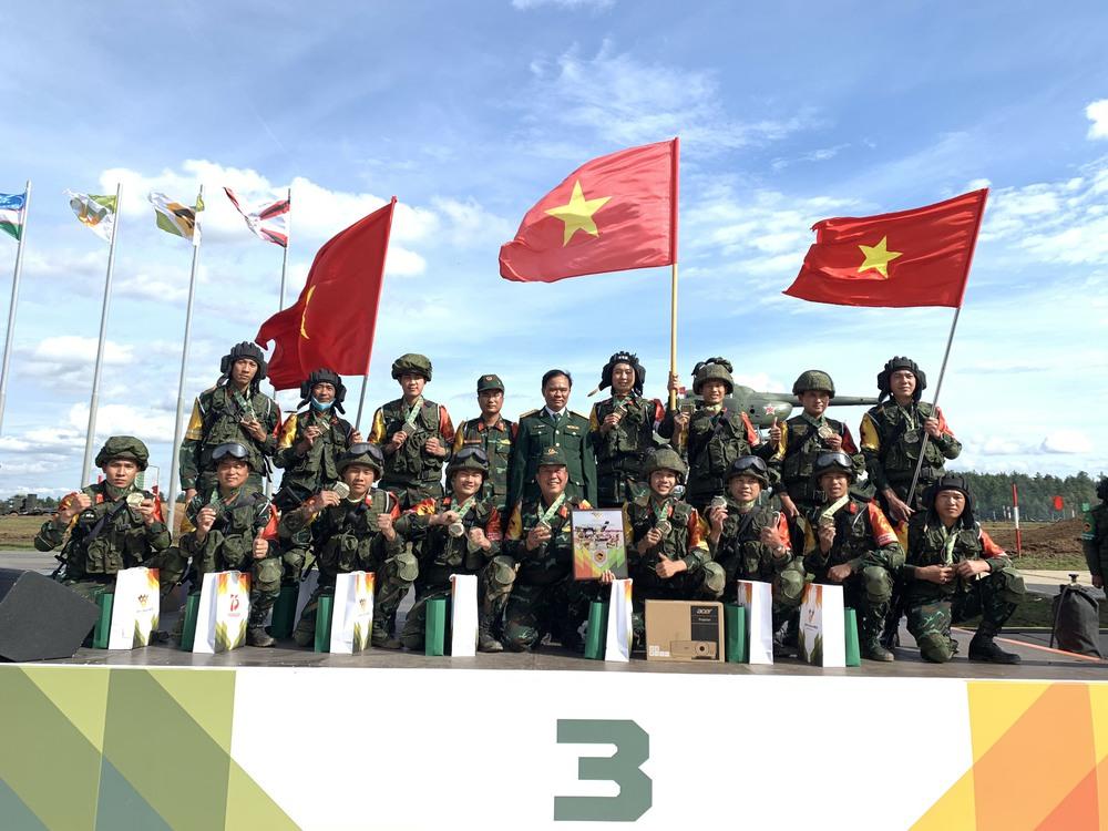Đoàn Việt Nam thắng lớn; Đội tuyển xe tăng tự tin bước vào bán kết Tank Biathlon 2020 - Ảnh 3.