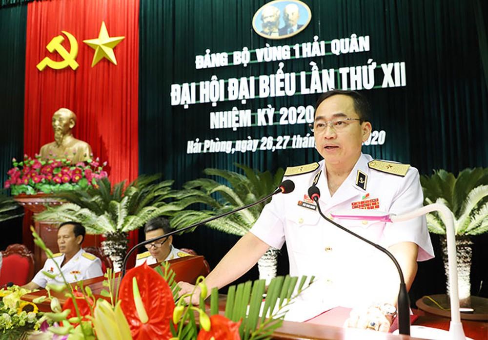 Thủ tướng bổ nhiệm 3 vị tướng làm Tư lệnh Quân khu 3, Quân chủng Hải quân, Bộ đội Biên phòng - Ảnh 1.