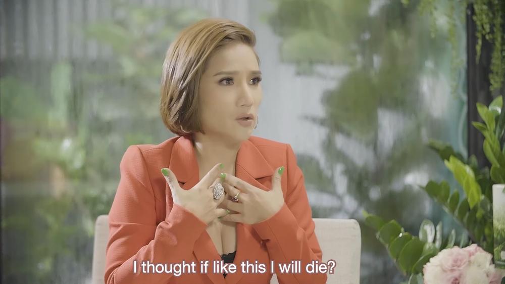 MC Cát Tường: Huy Khánh đóng cửa xe rầm một cái, tôi bật khóc tức tưởi - Ảnh 1.