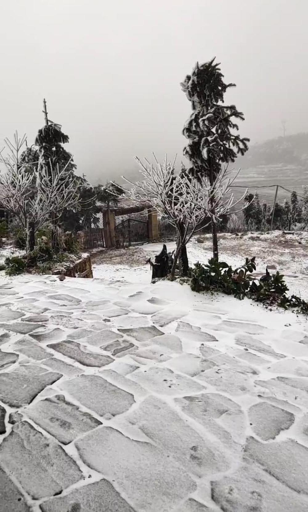 Y Tý tuyết rơi trắng xoá: Ảnh và clip liên tục được chia sẻ lên mạng xã hội - Ảnh 4.