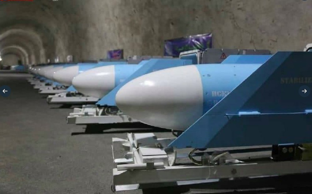 Iran lộ căn cứ tên lửa tuyệt mật bên bờ Vịnh Ba Tư