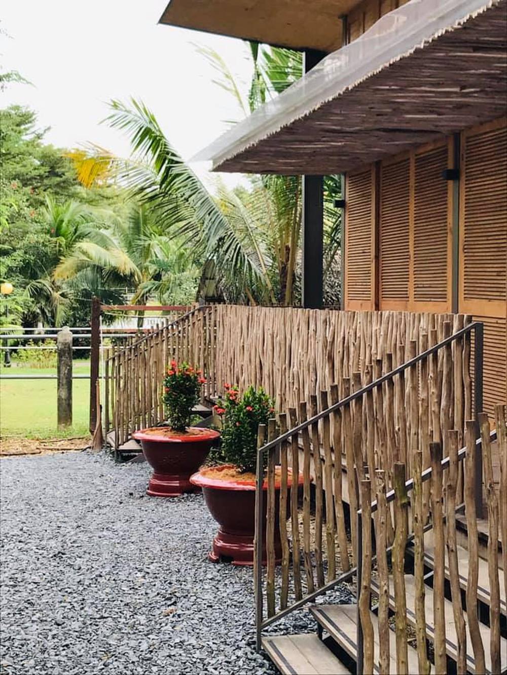 Ngôi nhà mái bằng trấu, vách vôi ở Đồng Nai nổi bật trên báo ngoại - Ảnh 9.
