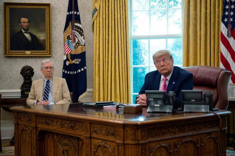 Số phận Tổng thống Trump lại nằm trong tay lãnh đạo Thượng viện McConnell - Ảnh 1.