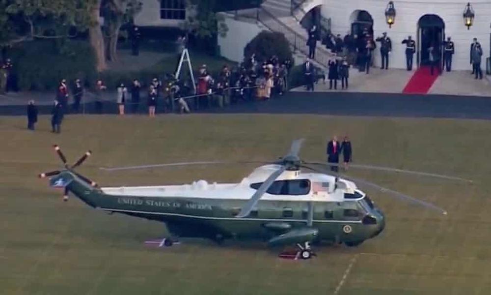 Tổng thống Trump rời Nhà Trắng lần cuối với 21 phát đại bác tiễn biệt, tuyên bố sẽ trở lại - Ảnh 7.