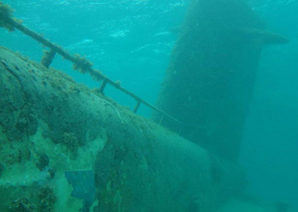 Bí mật mồ chôn khổng lồ dưới đáy biển Bắc Băng Dương: Chứa loại vật liệu có thể giết người ngay lập tức - Ảnh 2.