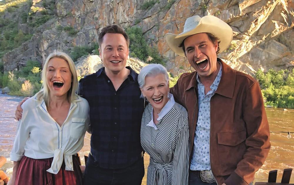 Trở thành tỷ phú công nghệ giàu nhất thế giới, Elon Musk có người mẹ nổi tiếng và vĩ đại thế nào? - Ảnh 7.