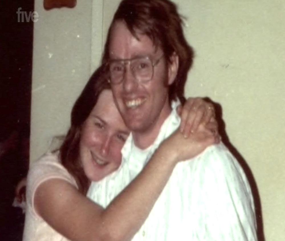 Gặp chồng từ năm 15, cô gái sợ hãi phát hiện chồng cuồng dâm, phải ký kết 1 hợp đồng bệnh hoạn - Ảnh 6.
