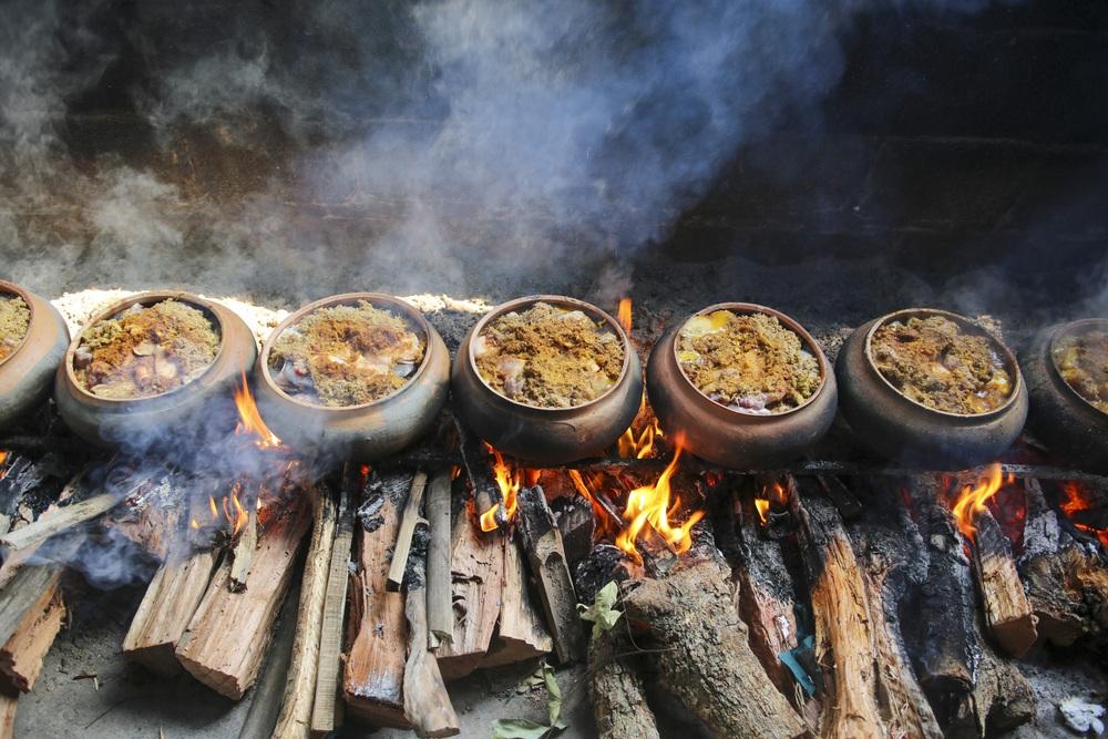 Về làng Vũ Đại xem cả làng nổi lửa kho những niêu cá bạc triệu - Ảnh 7.