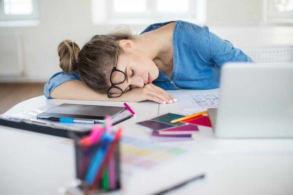 Thức khuya là cách gieo mầm rất nhiều bệnh nan y: Sớm làm 5 thủ thuật để giảm thiệt hại - Ảnh 2.