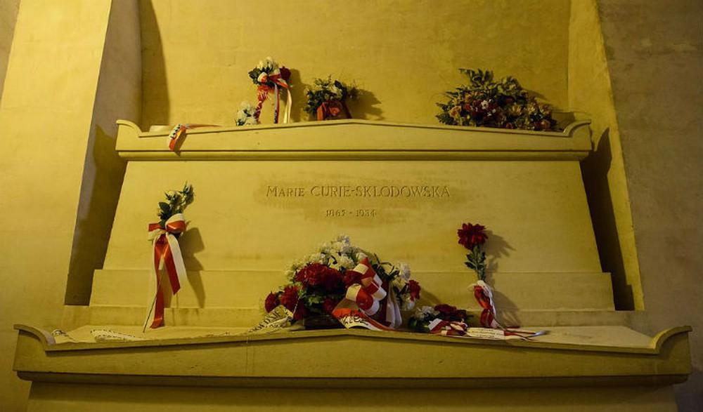 Nhà bác học Marie Curie là ai, tiểu sử và 4 bí mật hàng thập kỷ - Ảnh 6.