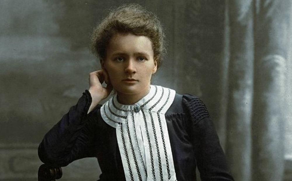 Nhà bác học Marie Curie là ai, tiểu sử và 4 bí mật hàng thập kỷ
