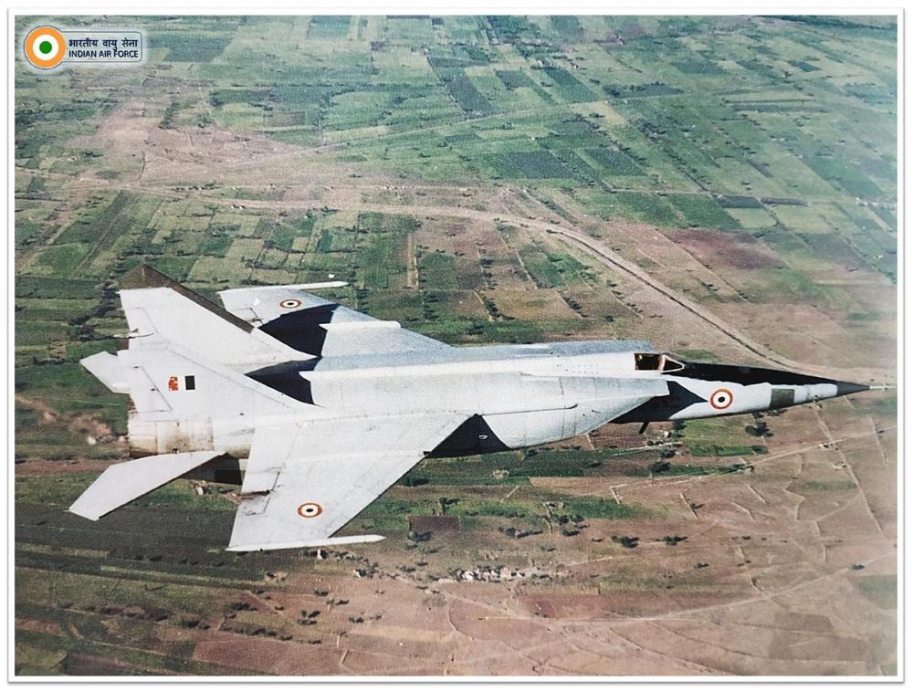 MiG-25 khiến Trung Quốc choáng váng, F-16 Pakistan truy đuổi: Hít khói trong uất hận! - Ảnh 2.