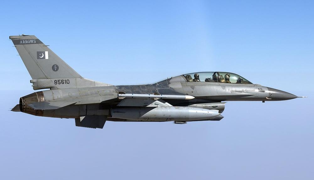MiG-25 khiến Trung Quốc choáng váng, F-16 Pakistan truy đuổi: Hít khói trong uất hận! - Ảnh 4.