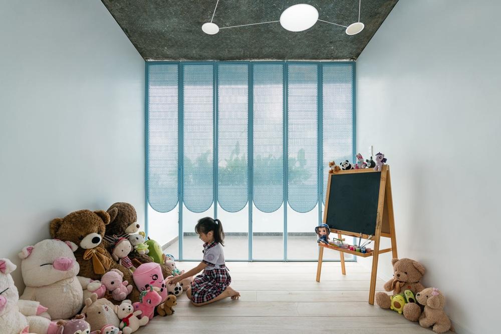 Mẹ Vĩnh Long xây nhà 140m2 cho con gái nghỉ trưa, tạo hình nhà trên cây độc đáo với sắc xanh hút hồn - Ảnh 10.