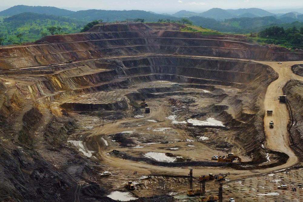 Loạt dự án đổi tài nguyên lấy hạ tầng ngon bổ rẻ của TQ bị lộ tẩy cho nước nghèo ăn bánh vẽ? - Ảnh 1.