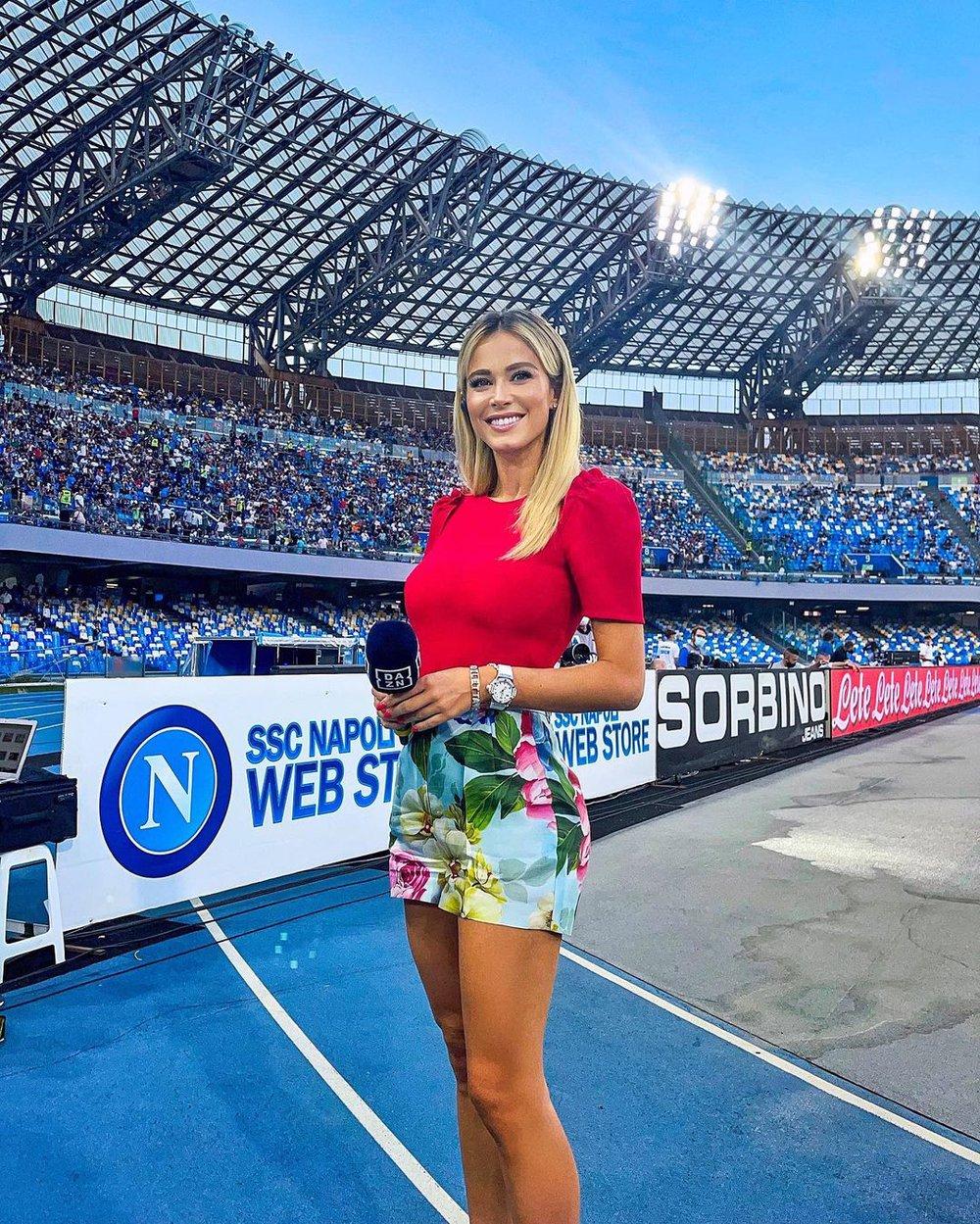 Nữ phóng viên thể thao quyến rũ nhất hành tinh úp mở về chuyện tình trường, fan mày râu được nước mở cờ trong bụng - Ảnh 1.