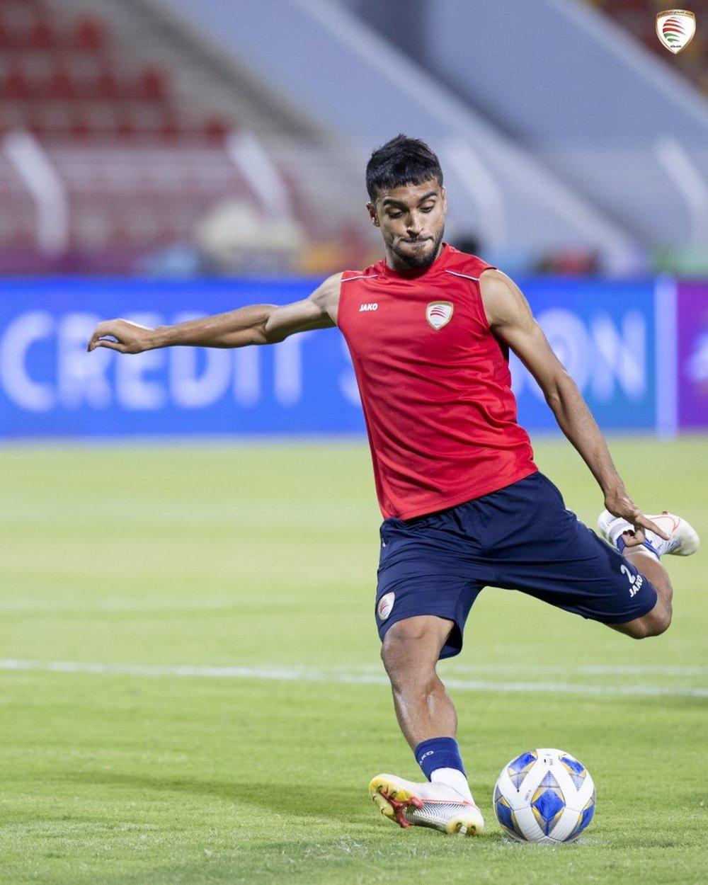 ĐT Oman bất ngờ tập sút penalty kỹ lưỡng trước thềm trận gặp Việt Nam - Ảnh 1.
