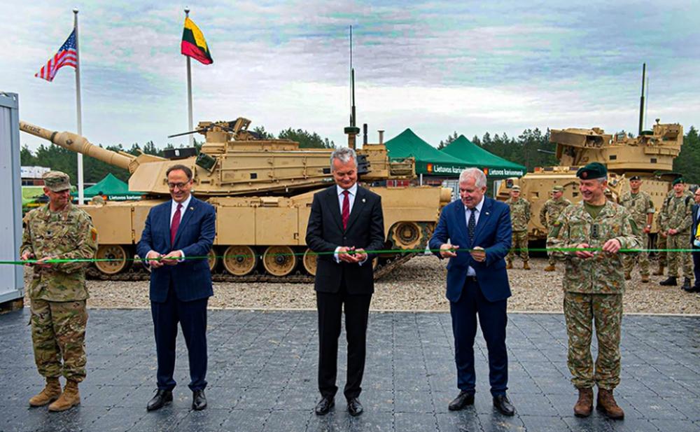 Điện Kremlin ơi, ngồi mà run đi: Litva sẽ trở thành tiền đồn phía đông của đế chế Mỹ - Ảnh 1.