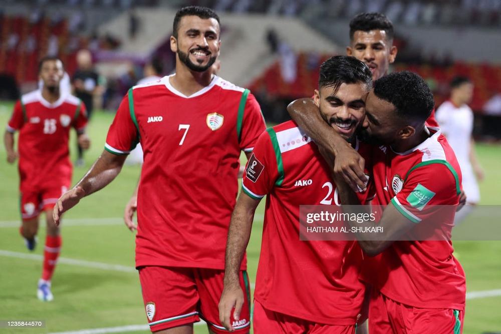 Cựu danh thủ Nguyễn Mạnh Dũng: Đừng đổ tại trọng tài, Oman thắng vì hay hơn ĐTVN - Ảnh 4.