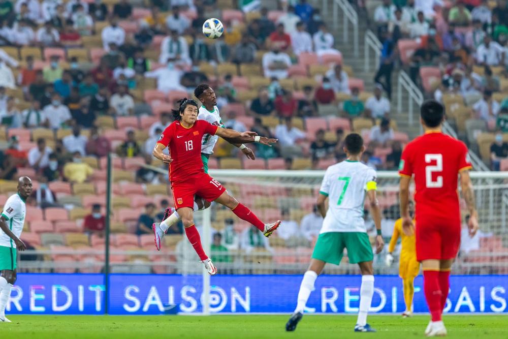 Trung Quốc bỏ lỡ cơ hội vàng mười, nhận cái kết buồn trước Ả Rập Xê Út dù ghi siêu phẩm - Ảnh 3.