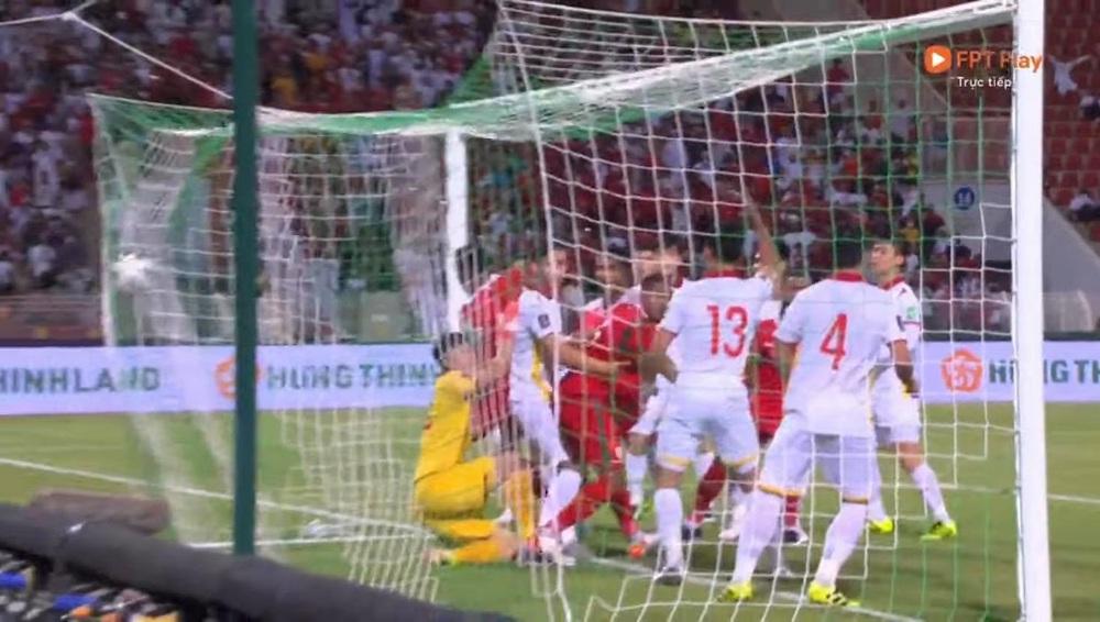 Văn Toản hơi non, Oman đá phạt góc kiểu đó thì thủ môn phải bay người đấm bóng trước - Ảnh 2.