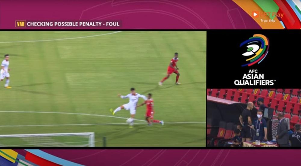 Văn Toản hơi non, Oman đá phạt góc kiểu đó thì thủ môn phải bay người đấm bóng trước - Ảnh 6.