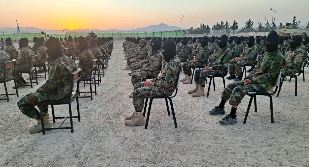 Vừa triệt thoái khỏi Panjshir, Taliban đã phải đối mặt với đạo quân từ trên trời rơi xuống! - Ảnh 2.