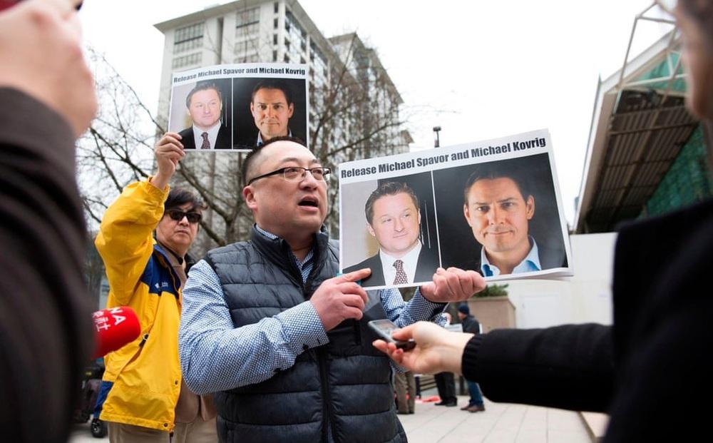 """Hé lộ con số choáng về lượng người Canada muốn Huawei """"bay màu"""": Bắc Kinh lập tức nổi giận"""