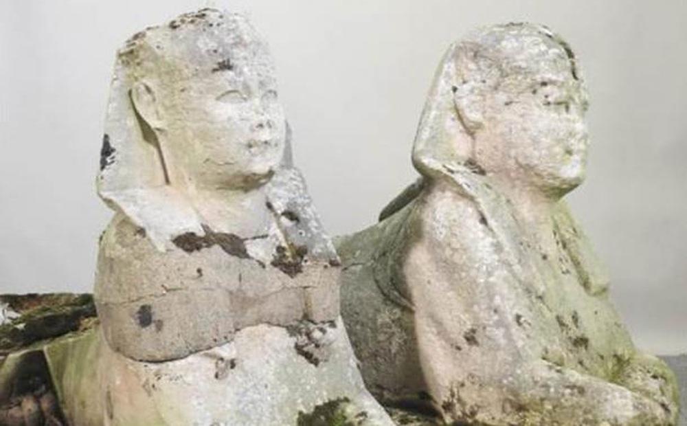 Lạ lùng tượng nhân sư Ai Cập được tìm thấy trong… vườn Anh: Nghe giá xong, chủ nhà đứng không vững