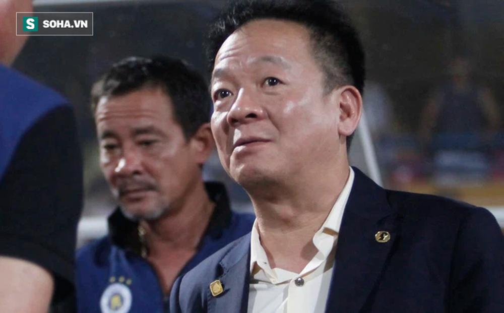 """Bầu Hiển thở phào, bớt được """"cơn đau đầu"""" nhờ lời đề nghị bất ngờ từ CLB V.League?"""
