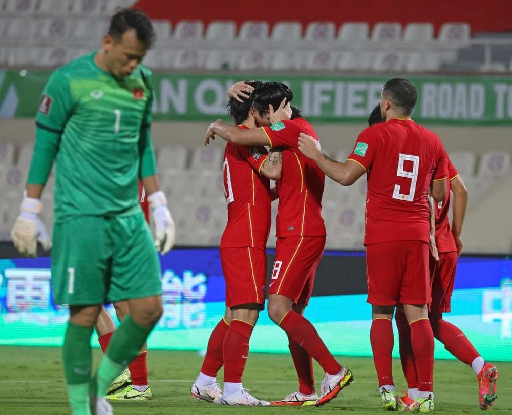 """Đội tuyển Việt Nam thua liền 5 trận, là """"cái ngưỡng"""" hay là tại VAR? - Ảnh 8."""