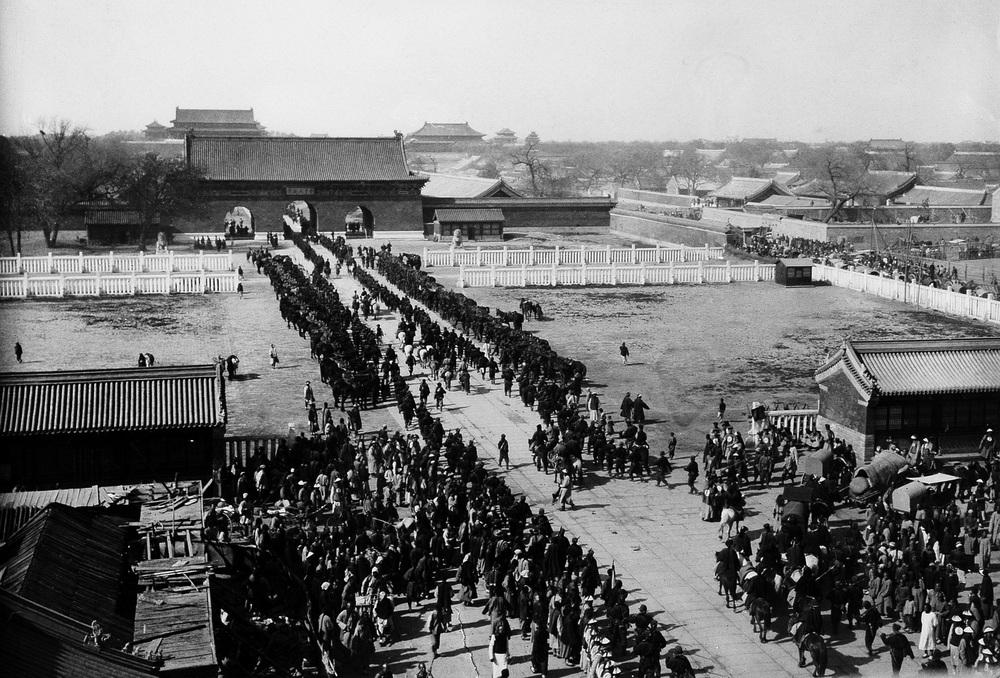 Cuộc báo thù tai hại của Thái hậu và chiến dịch rung chuyển Bắc Kinh: Vết thương đau đớn nhất của TQ! - Ảnh 5.