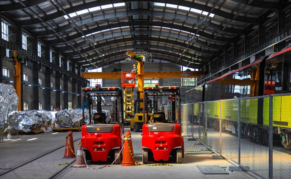 Cận cảnh 10 đoàn tàu tuyến Metro Nhổn - ga Hà Nội sẵn sàng chạy thử nghiệm - Ảnh 3.