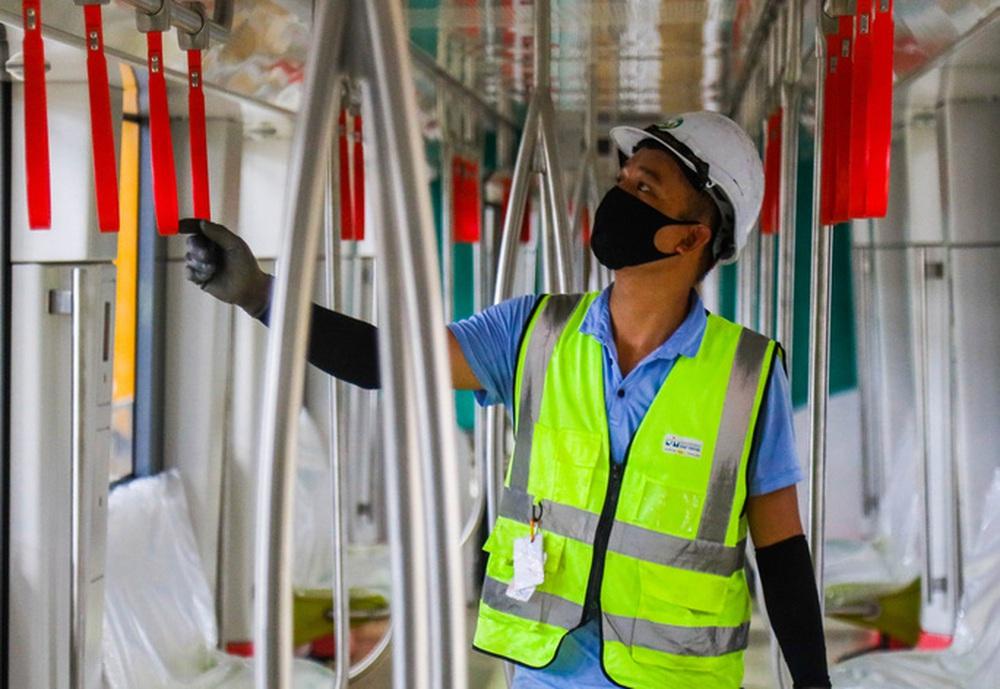 Cận cảnh 10 đoàn tàu tuyến Metro Nhổn - ga Hà Nội sẵn sàng chạy thử nghiệm - Ảnh 6.