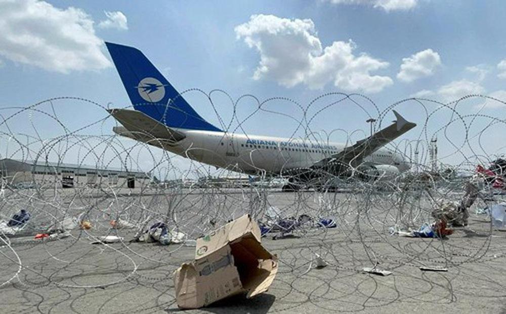 Không quân Mỹ tiết lộ máy bay sơ tán từ Afghanistan từng suýt bị không tặc tấn công