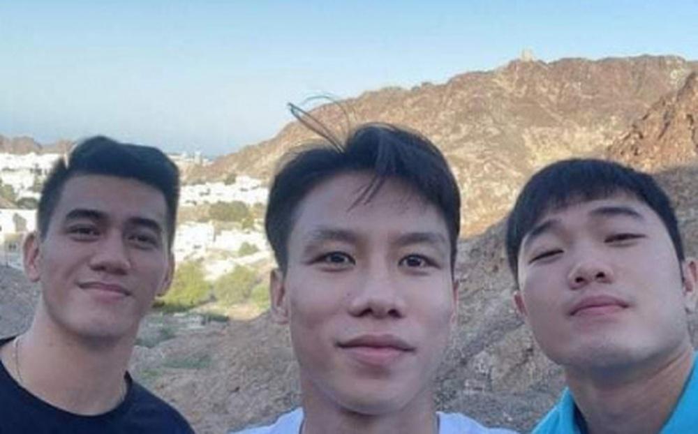 Các tuyển thủ Việt Nam khám phá Oman trước giờ lên đường về nước