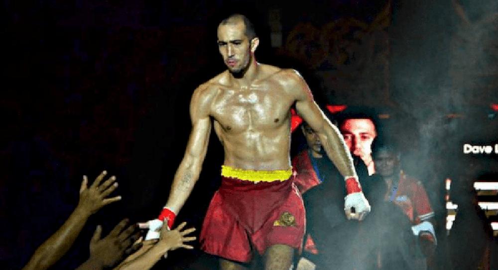 """Cao thủ thách đấu Buakaw tung cú chỏ lật làm đối thủ """"khiếp vía"""" ở môn võ tàn khốc hơn MMA - Ảnh 2."""
