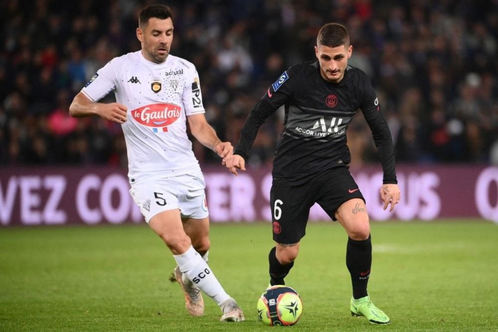 Không Messi và Neymar, Mbappe tỏa sáng giúp PSG ngược dòng đánh bại Angers  - Ảnh 1.