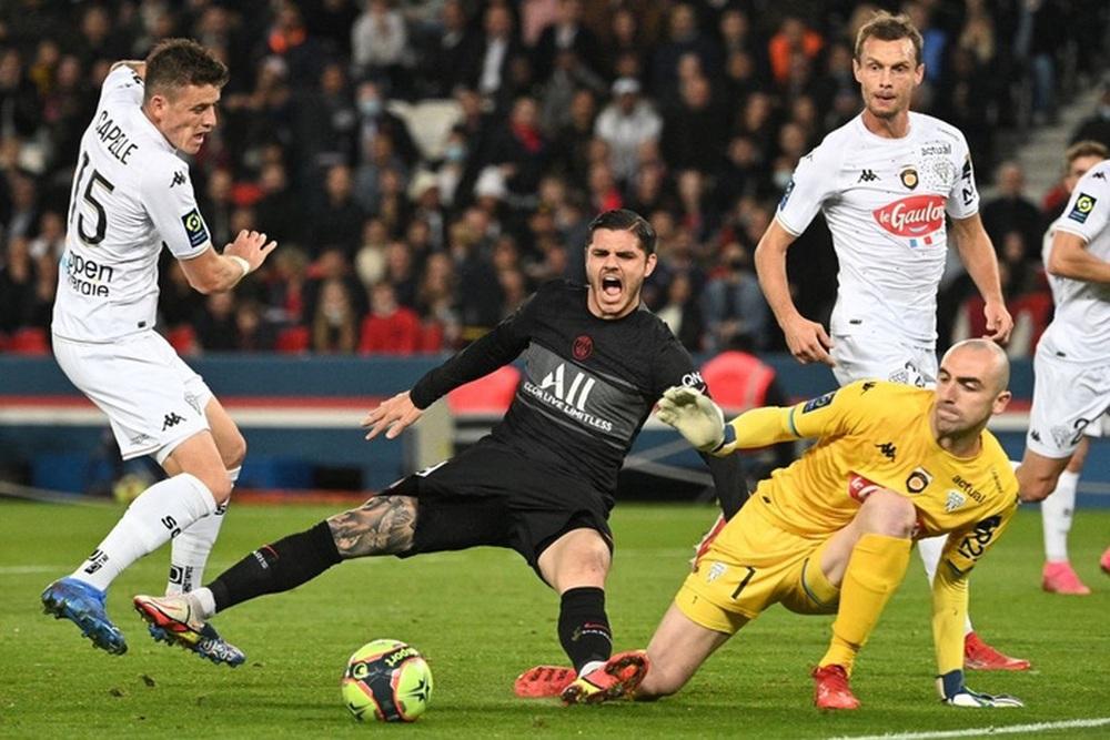 Không Messi và Neymar, Mbappe tỏa sáng giúp PSG ngược dòng đánh bại Angers  - Ảnh 2.