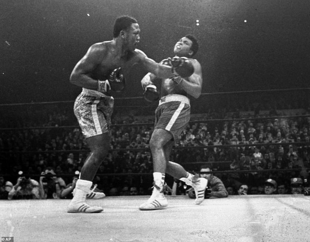 Nhớ về Thrilla in Manila: Trận chiến lịch sử đẩy Muhammad Ali và Joe Frazier cận kề với cái chết - Ảnh 4.
