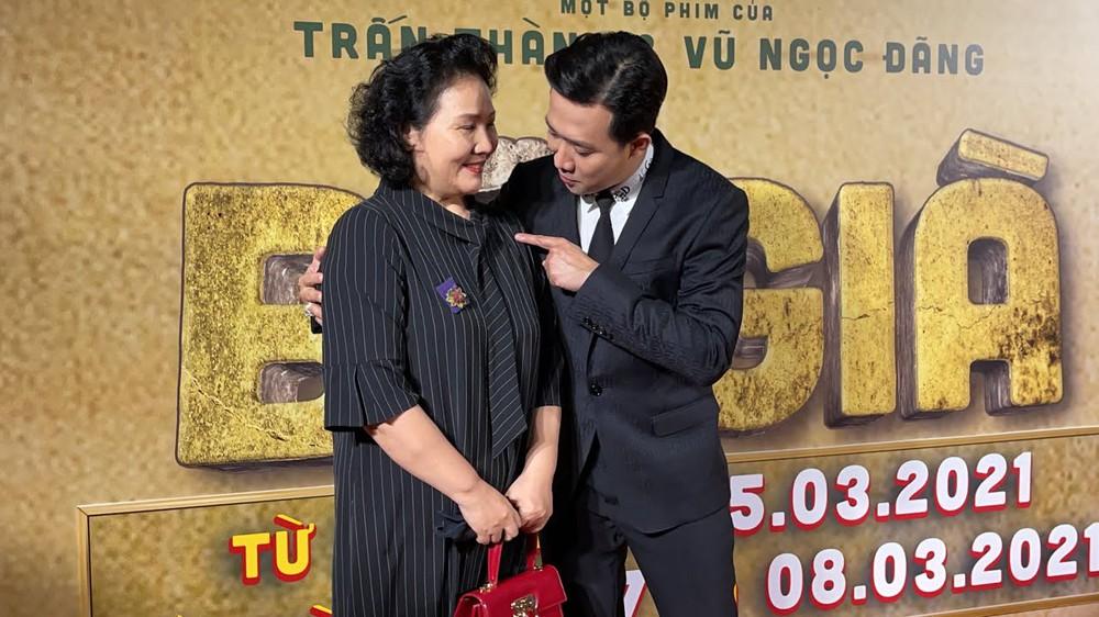 Xưng hô 'bất thường' của Trấn Thành với mẹ Hồ Ngọc Hà và cố nghệ sĩ Phi Nhung