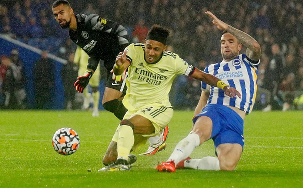 Brighton 0-0 Arsenal: Hút chết ở Falmer