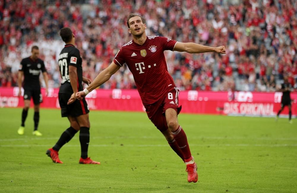Thủ môn nam thần hóa siêu nhân khiến Bayern thua sốc ngay trên sân nhà - Ảnh 6.