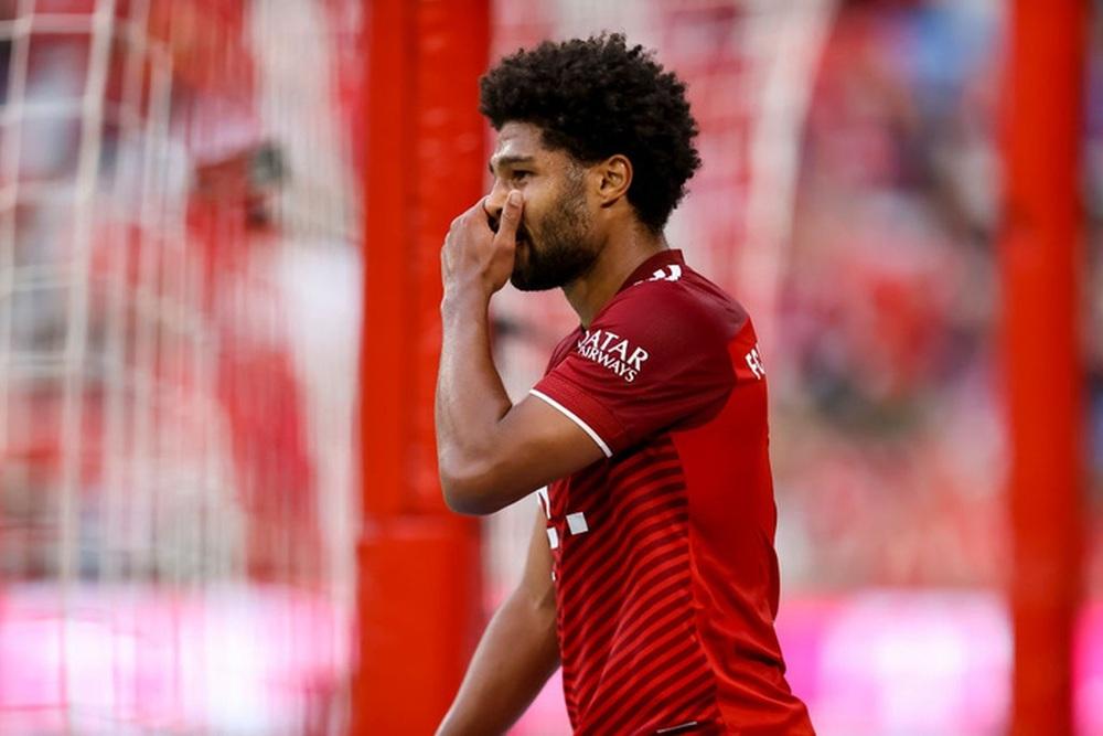 Thủ môn nam thần hóa siêu nhân khiến Bayern thua sốc ngay trên sân nhà - Ảnh 9.