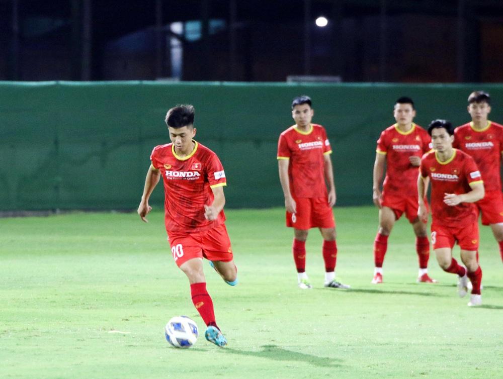 Trò cưng báo tin vui cho thầy Park, sao HAGL hừng hực quyết tâm đấu Trung Quốc - Ảnh 1.